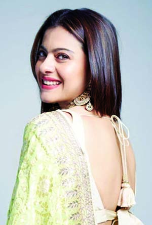 Kajol reveals how Yash Chopra gave her experience of lifetime with DDLJ
