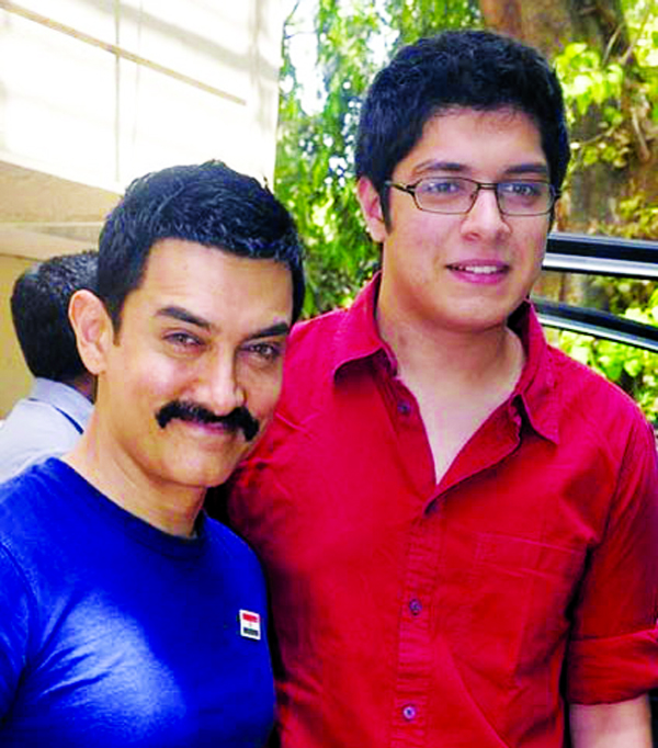 Aamir's son Junaid to mark his Bollywood debut