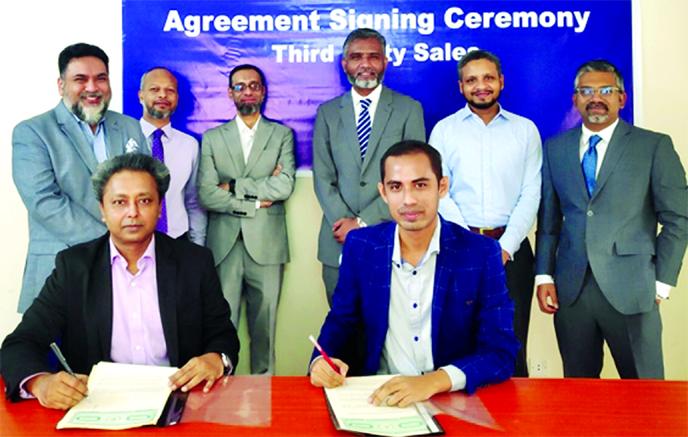 StanChart, Aamartaka sign deal