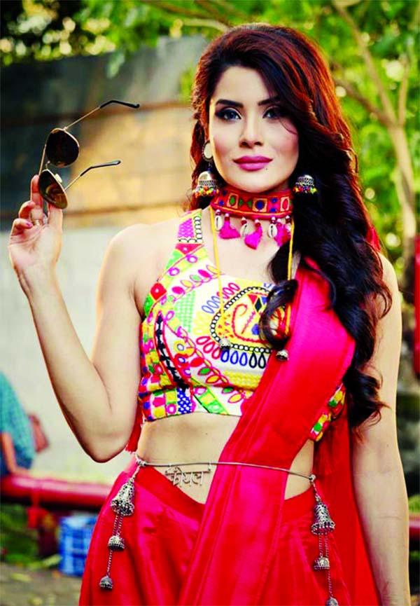 Missing the vibrant ambience of Navratri: Shamin Mannan