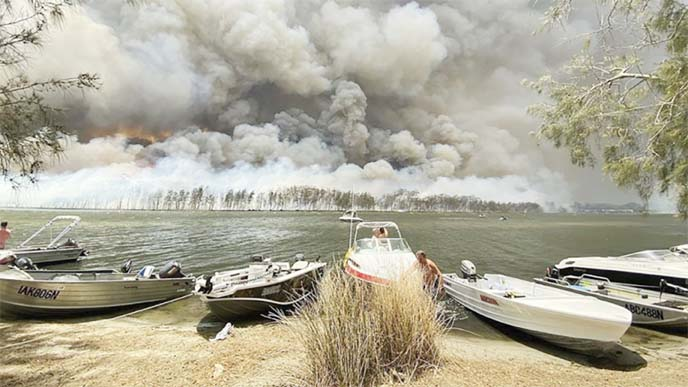 Australia faces more fires, drought as climate continues to heat