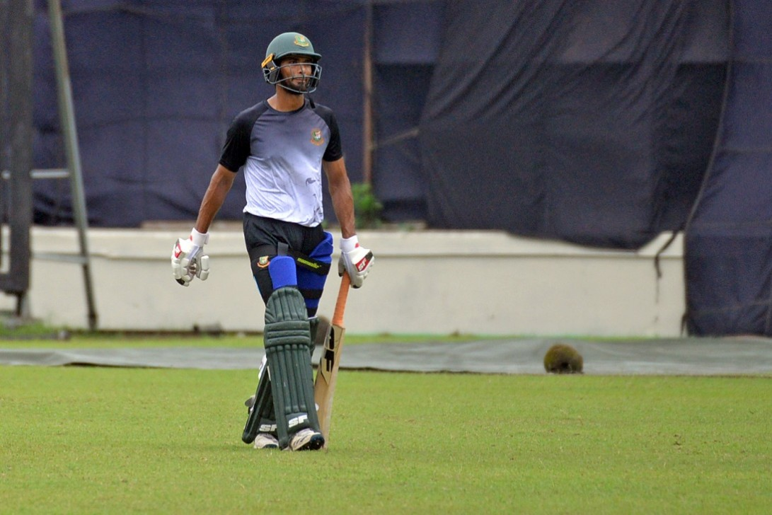 Mahmudullah named as Gemcon Khulna captain