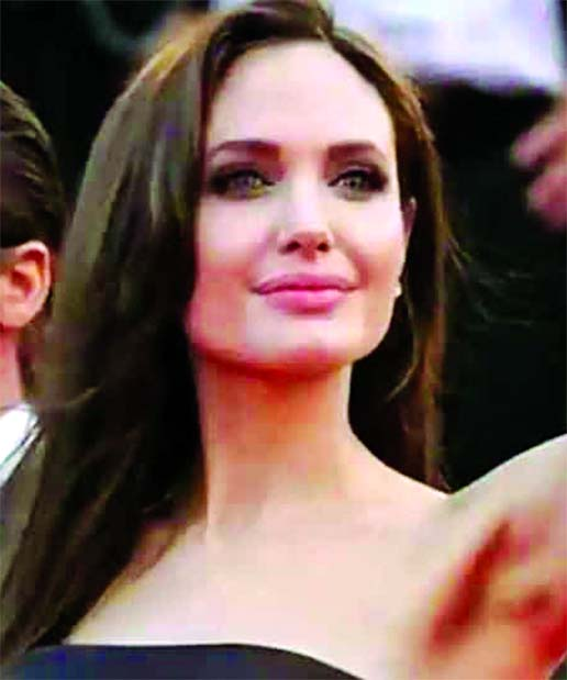 Angelina Jolie loses battle to remove judge in Brad Pitt divorce case