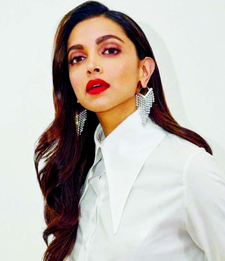 Deepika Padukone to play an agent in Pathan