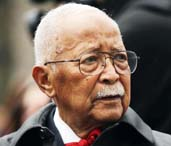 New York City's first black mayor David Dinkins dies