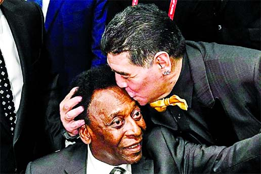 Pele mourns : 'I hope we'll play together in the sky'