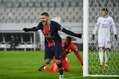 Icardi, Neymar score to secure Pochettino's first trophy