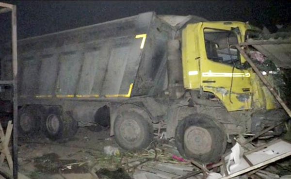 15 sleeping workers crushed under truck in India
