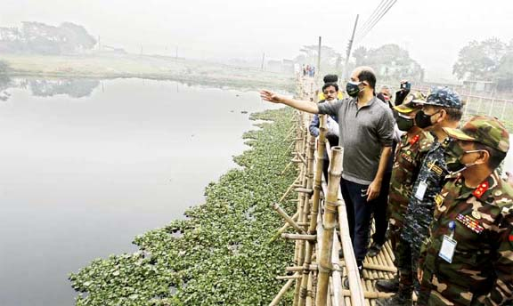 Mayor of Dhaka North City Corporation Atiqul Islam inspects 11 Swarani area and Suti Bhola Canal of 37 No. Ward under the corporation on Wednesday and assures the people to excavate properly.