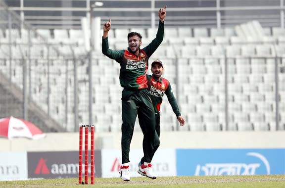 Shakib first who scores 2500 runs and picks up 100 wickets in a single venue