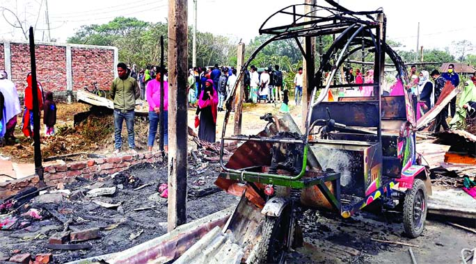 Houses including a CNG-run autorickshaw gutted in fire occurred by electricity line claiming 4 lives of a family at Rupganj in Narayanganj on Saturday.