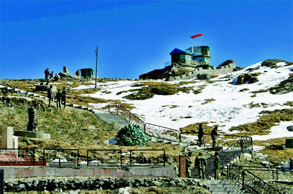 India, China troops in 'minor face-off' at disputed Sikkim border