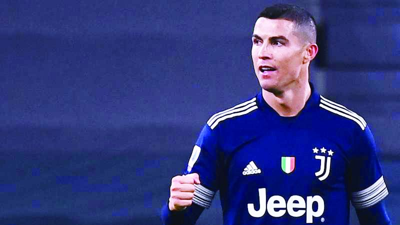 Ronaldo lifts Juventus  to third in Serie A