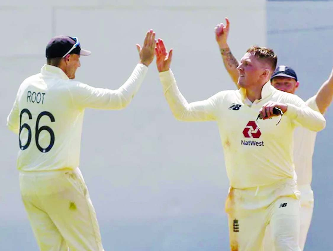 Pant and Pujara sparkle, but England well on top