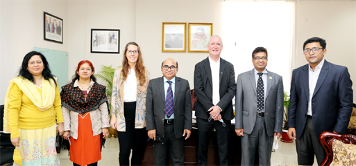 German keen to extend technical support for textile education