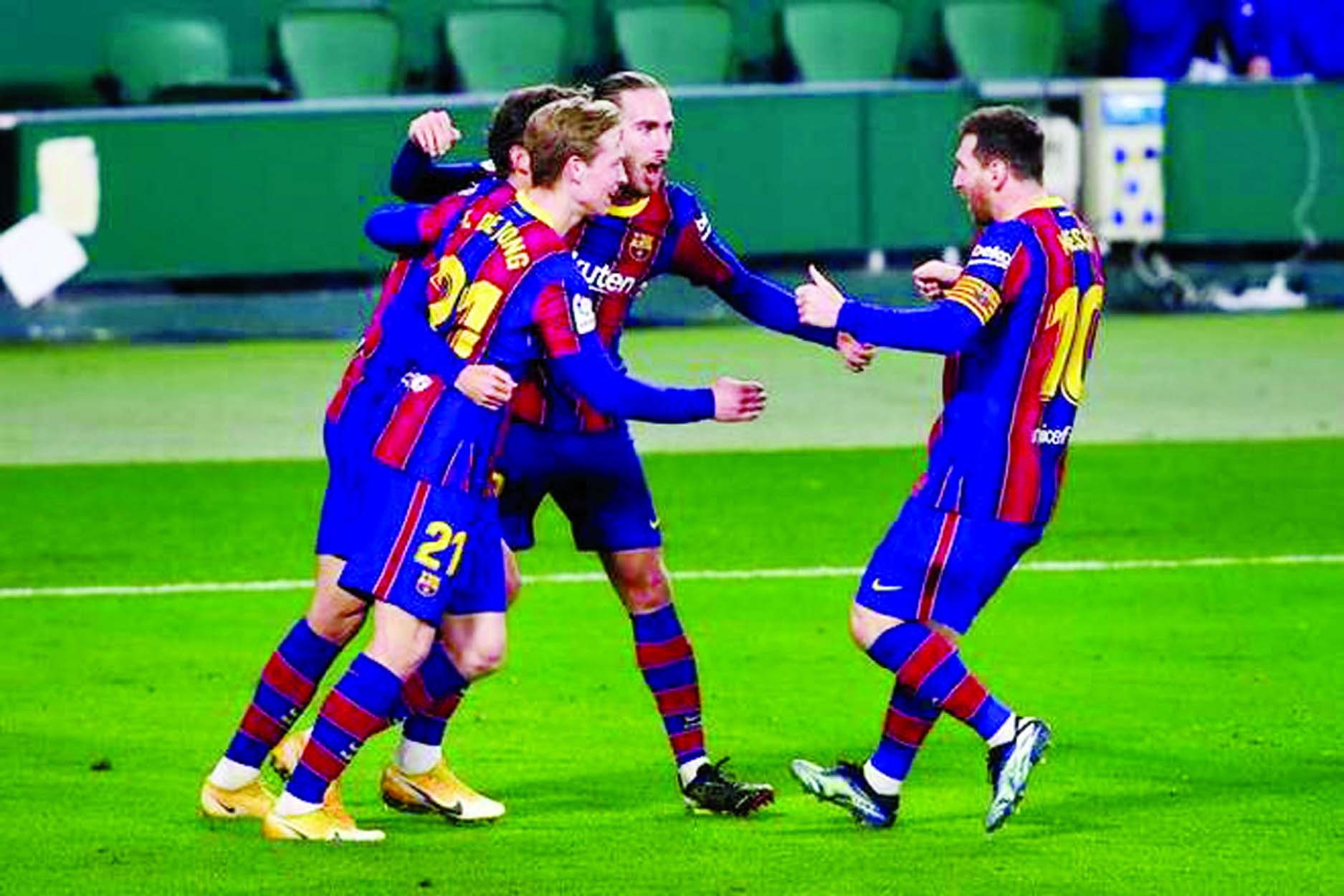 Super-sub Messi leads Barcelona comeback against Betis