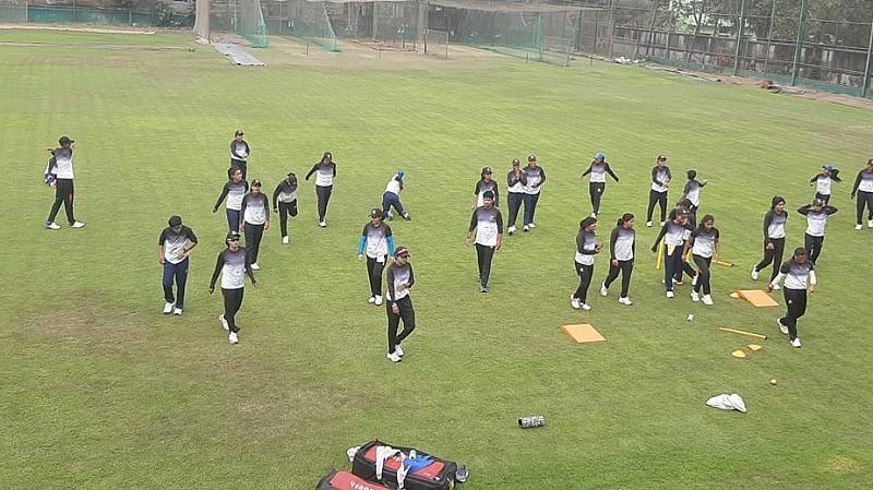 Bangladesh female cricketers begin practice