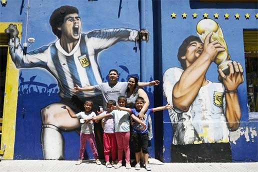 Pain to tiled art: Argentines honour Maradona with mosaics