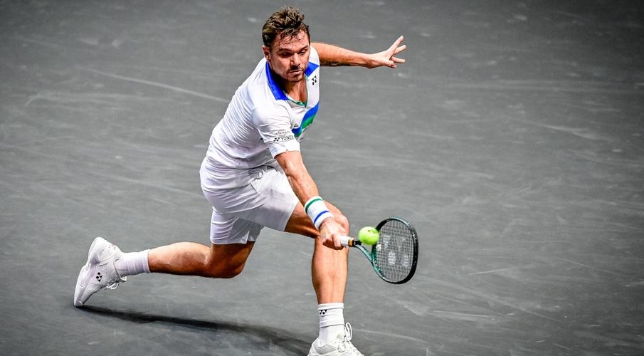 Wawrinka dumped out of Rotterdam ATP, Rublev advances