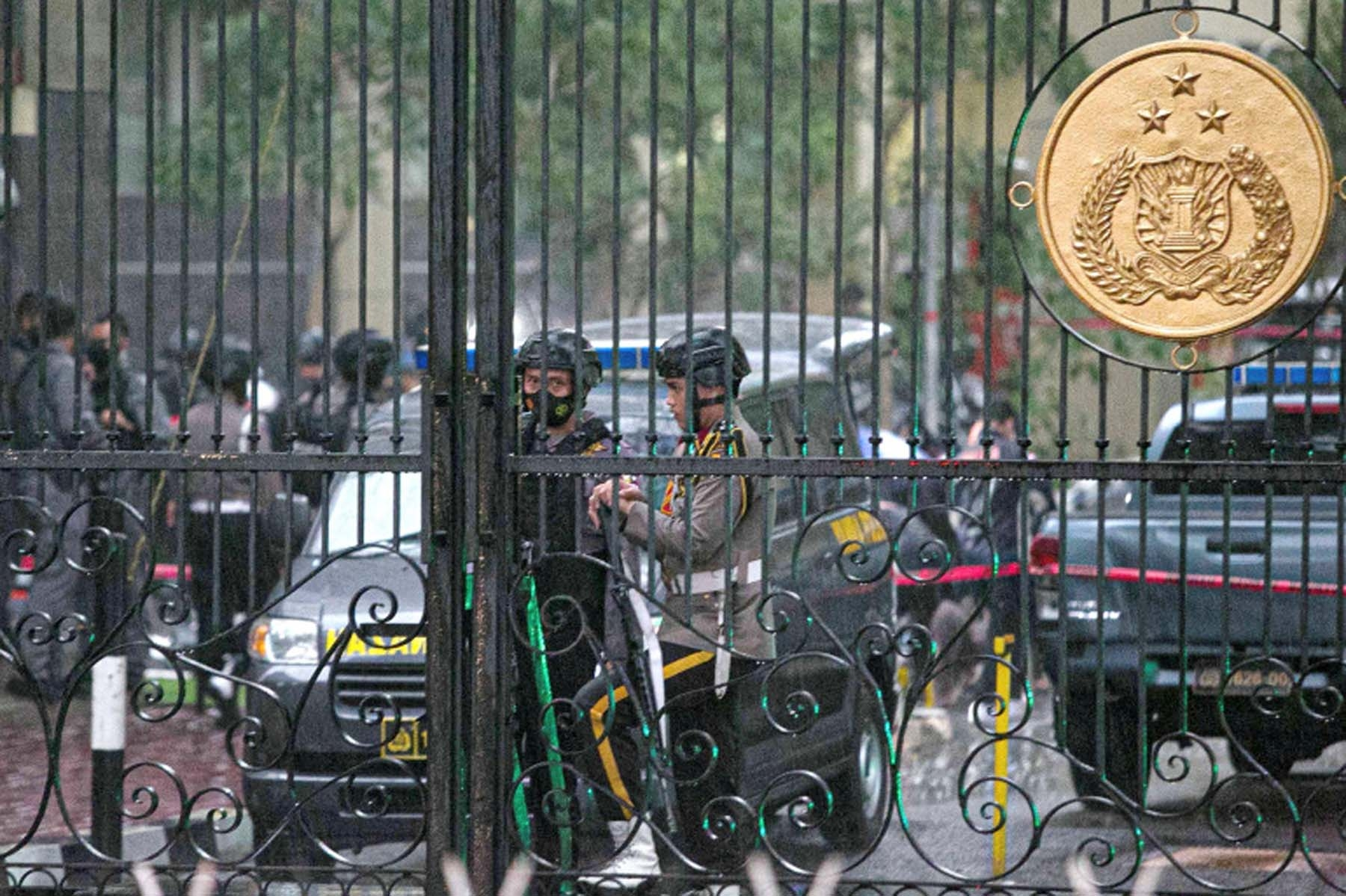 Gunfire heard at Indonesian national police HQ in Jakarta