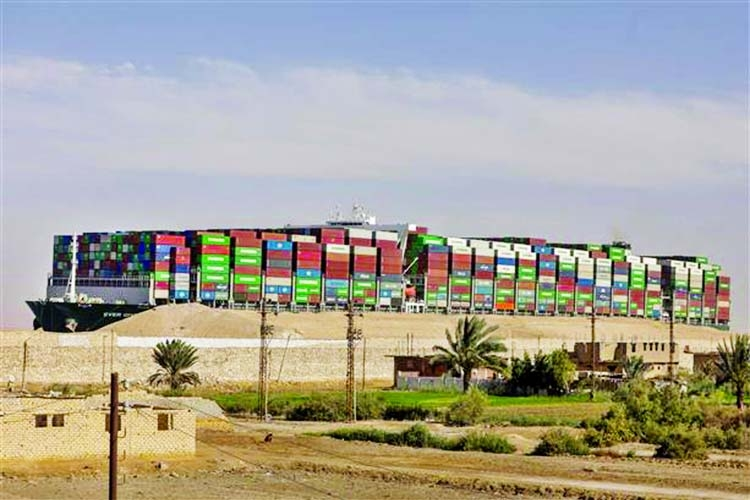 Traffic jam eases further in Suez Canal after ship unblocked