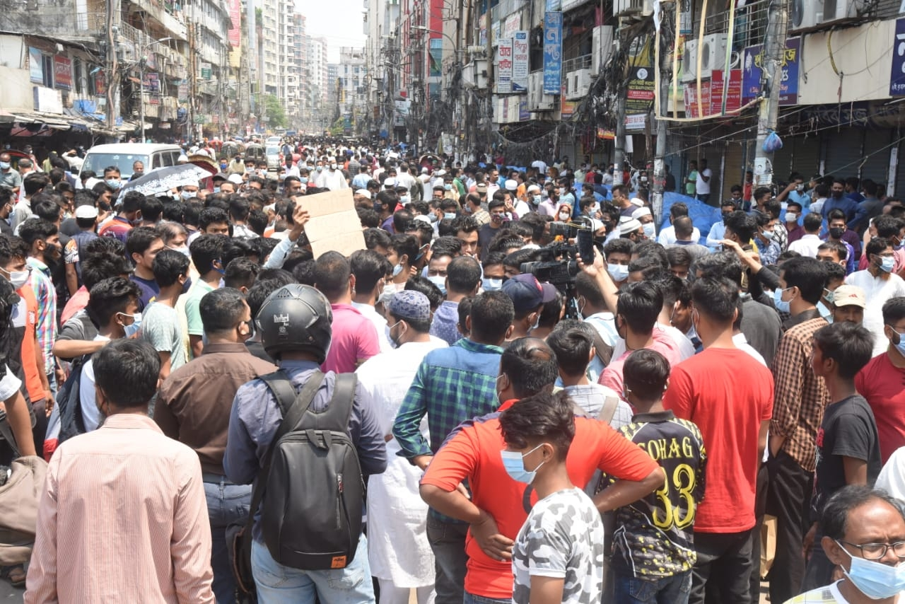 Demand for opening of shops during lockdown continues
