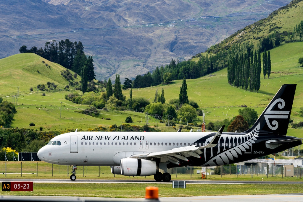 New Zealand bans travellers from India