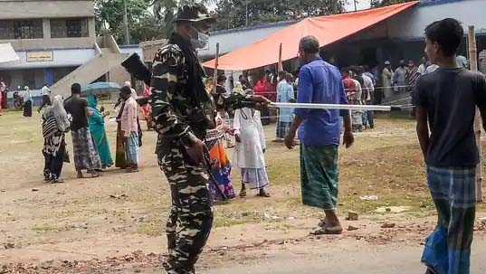 West Bengal poll: 4 dead in clash outside polling booth in Cooch Behar