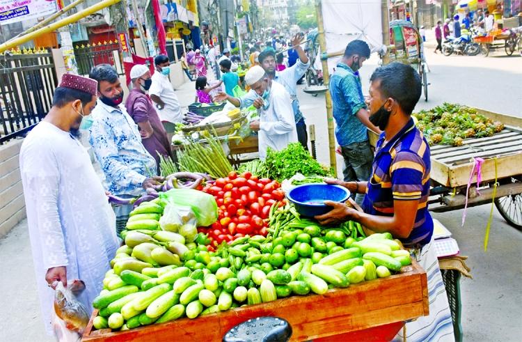 Brinjal, cucumber prices sky-high