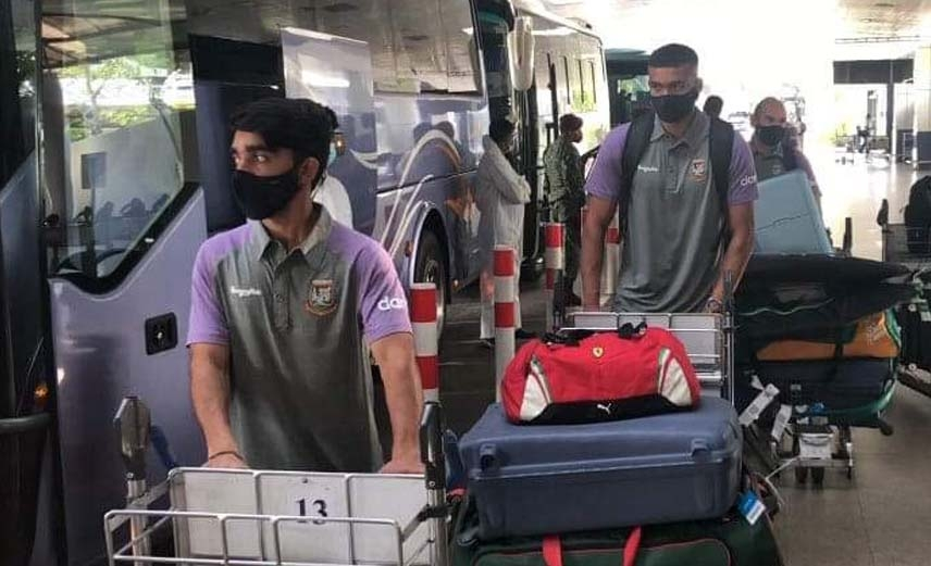 Bangladesh Cricket team return Dhaka