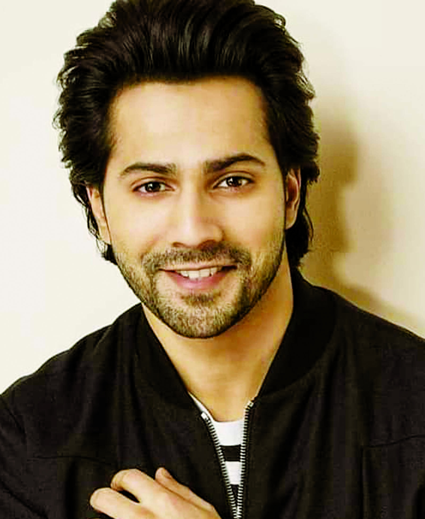 Don't have access to an oxygen cylinder: Varun Dhawan