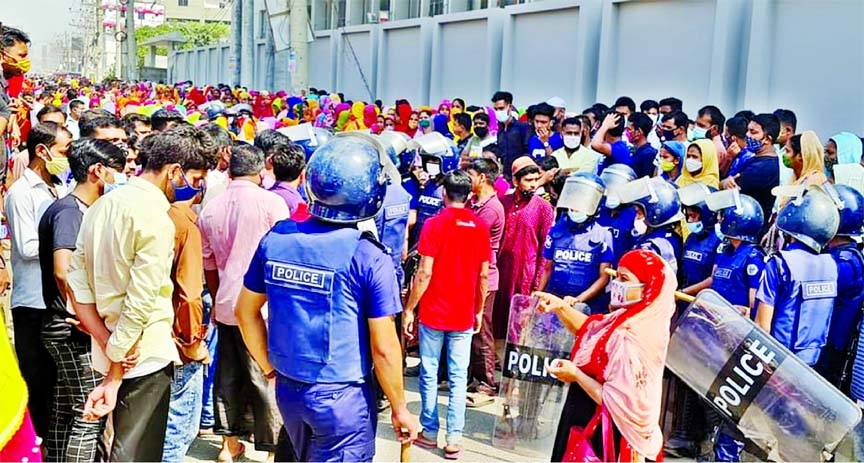 Police, RMG workers clash: 26 injured