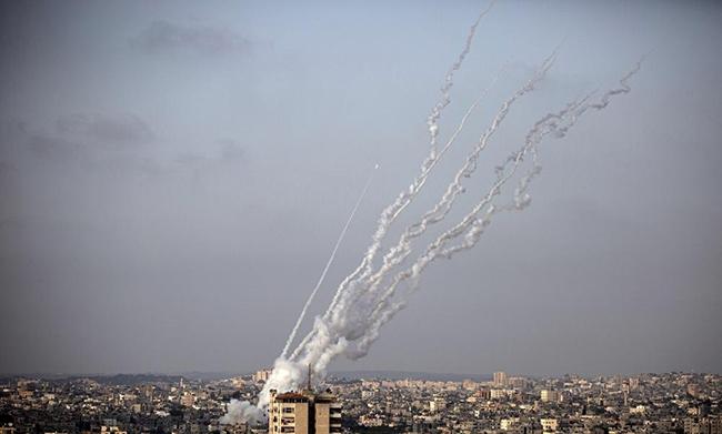21 killed including 9 children in Israeli airstrikes in Gaza