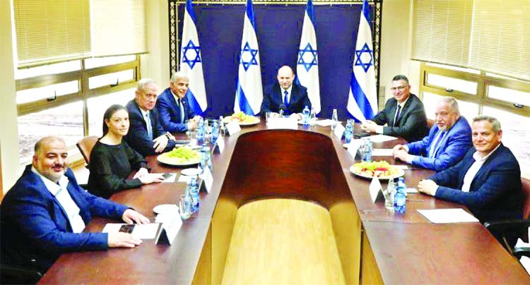 Knesset convenes to vote on new govt that will end Netanyahu's rule
