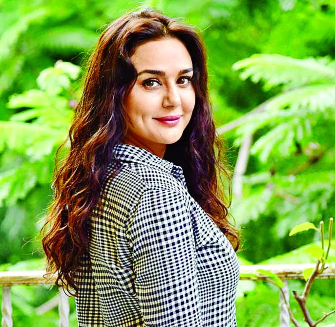 Preity Zinta gives glimpse of her weekend