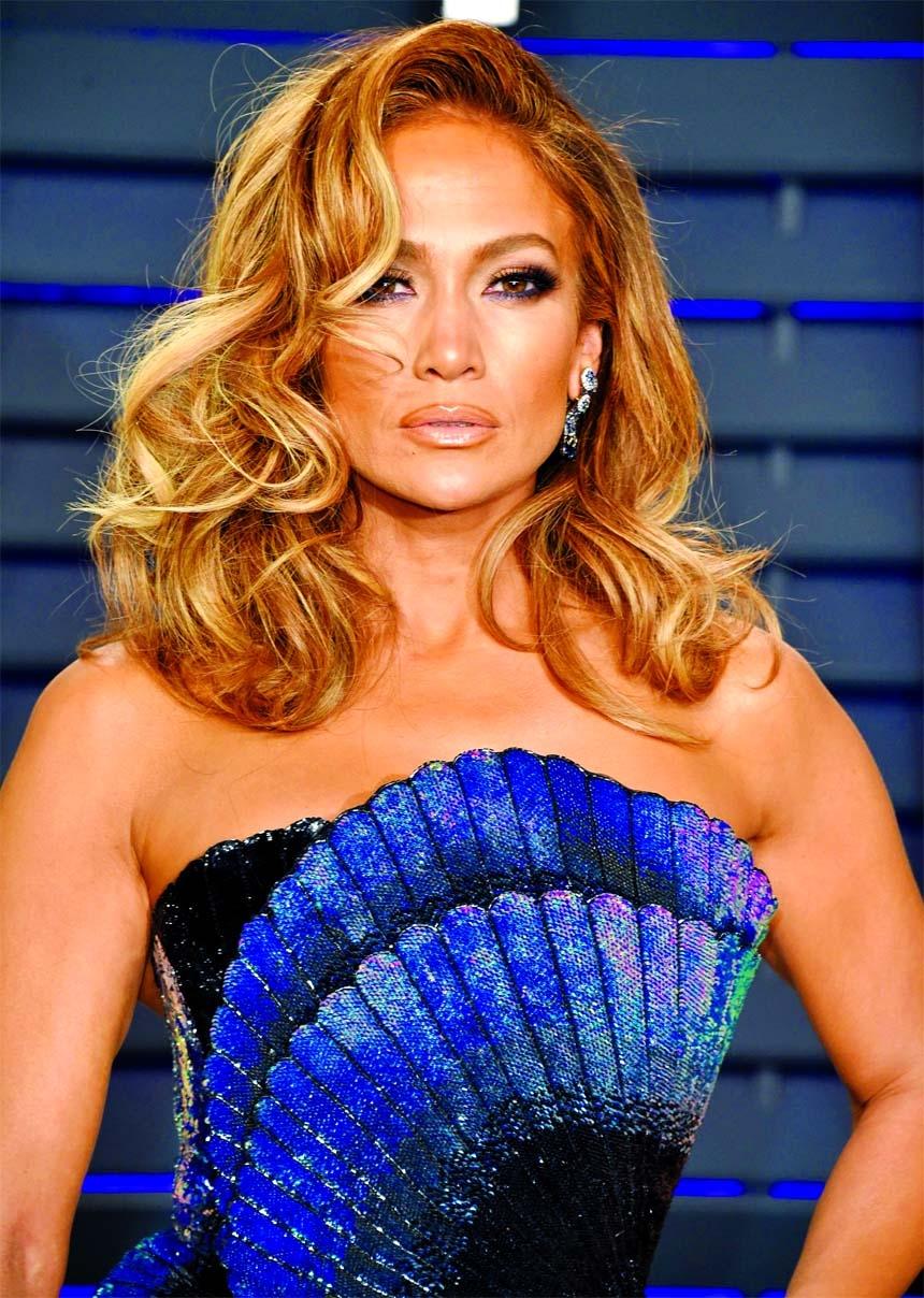 Jennifer Lopez to star, produce Netflix sci-fi thriller Atlas