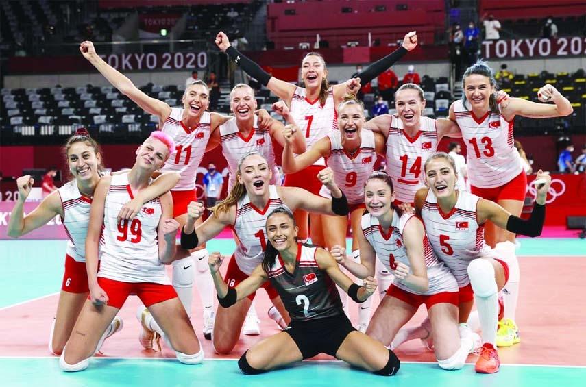 China upset by Turkey in Tokyo 2020 women's volleyball opener