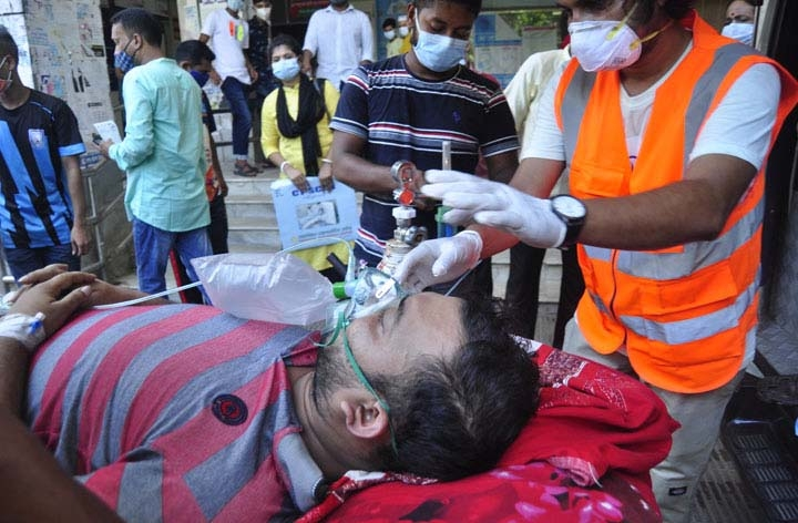 Covid-19:  Bangladesh breaks its record again, reports 258 single-day deaths