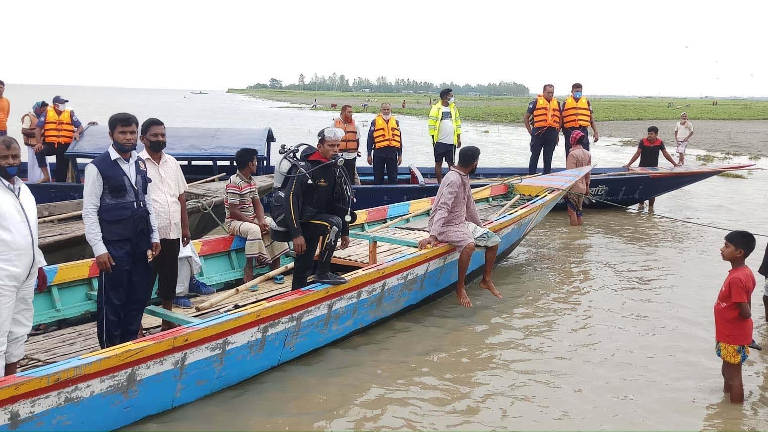 2 dead, 7 missing in Sirajganj boat accident