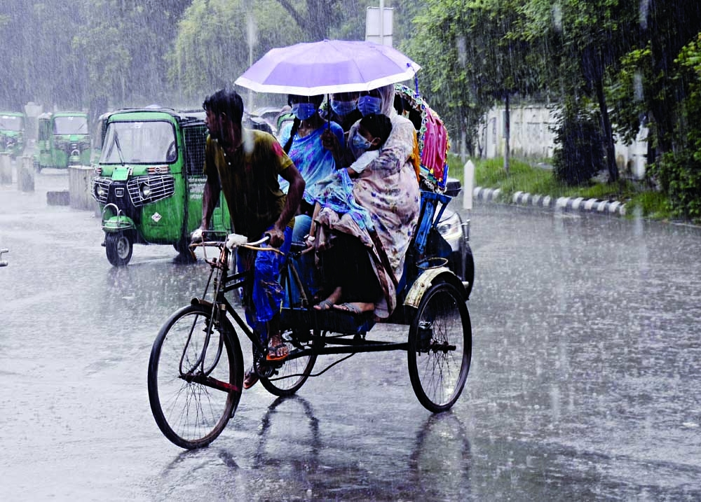 Intermittant rainfall was experienced across the country on Tuesday. This photo was snapped from TSC area of Dhaka University.