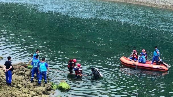 8 killed, 7 missing after passenger ship overturns in China's Guizhou