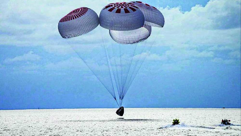 SpaceX returns private astronauts to earth after three days in orbit
