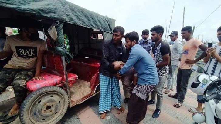 2 dead, dozens shot in Cox's Bazar gun violence centring election