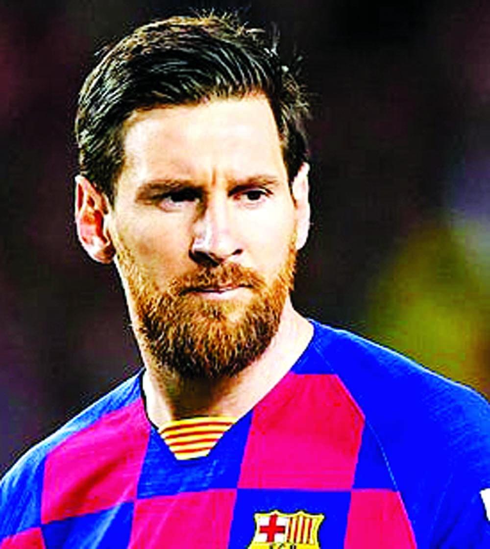 Messi suffering from bone bruising, say PSG