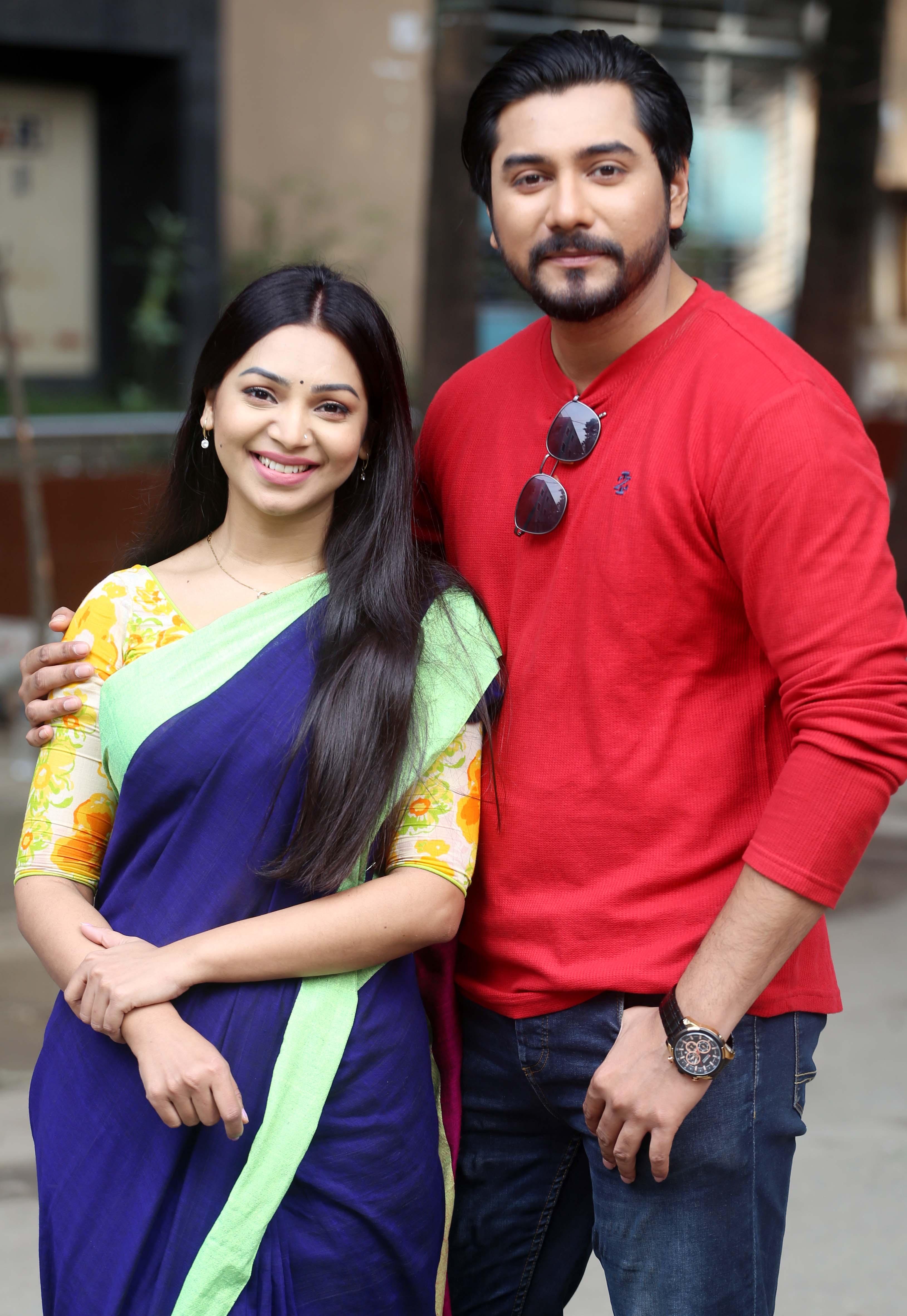 Prova, Tanvir get appreciation as a pair