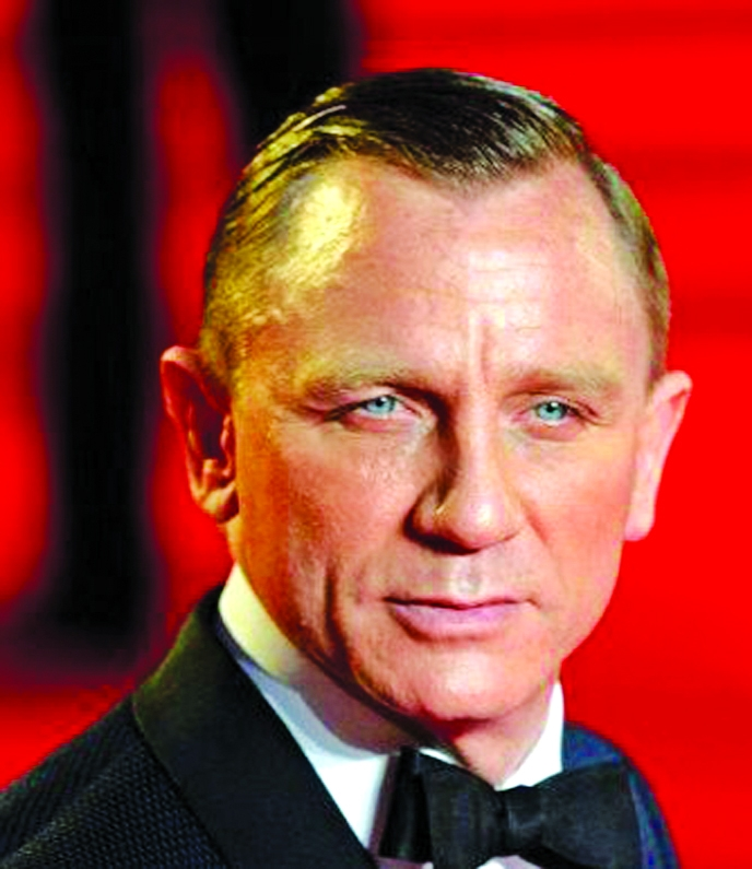 Daniel Craig asks 'why should a woman play James Bond?'
