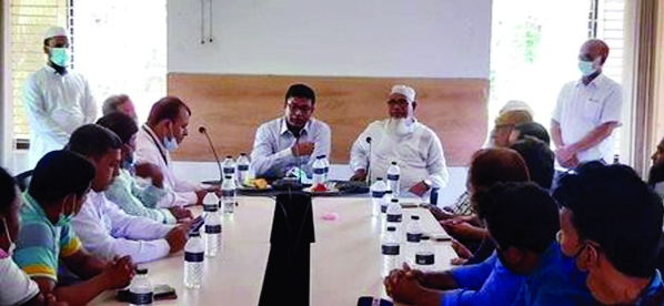 Newly joined Upazila Nirbahi Officer of Gazipur's Kapasia AKM Golam Morshed Khan speaks at a view exchange meeting with local journalists in the meeting room of the Upazila Parishad on Wednesday.