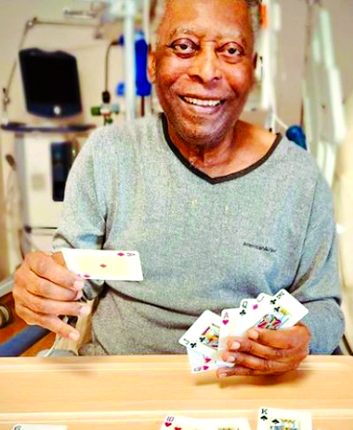 Pele smiling after surgery