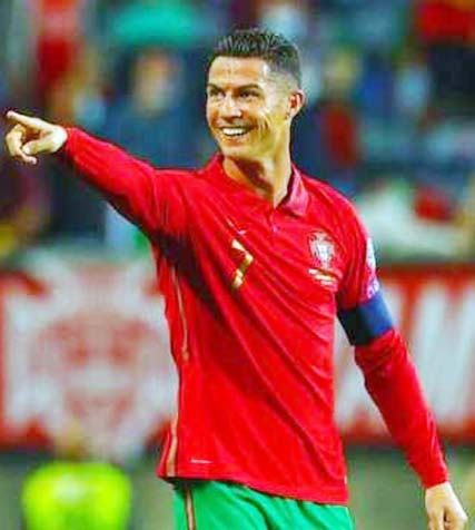 Ronaldo scores hat-trick as Portugal rout Luxembourg
