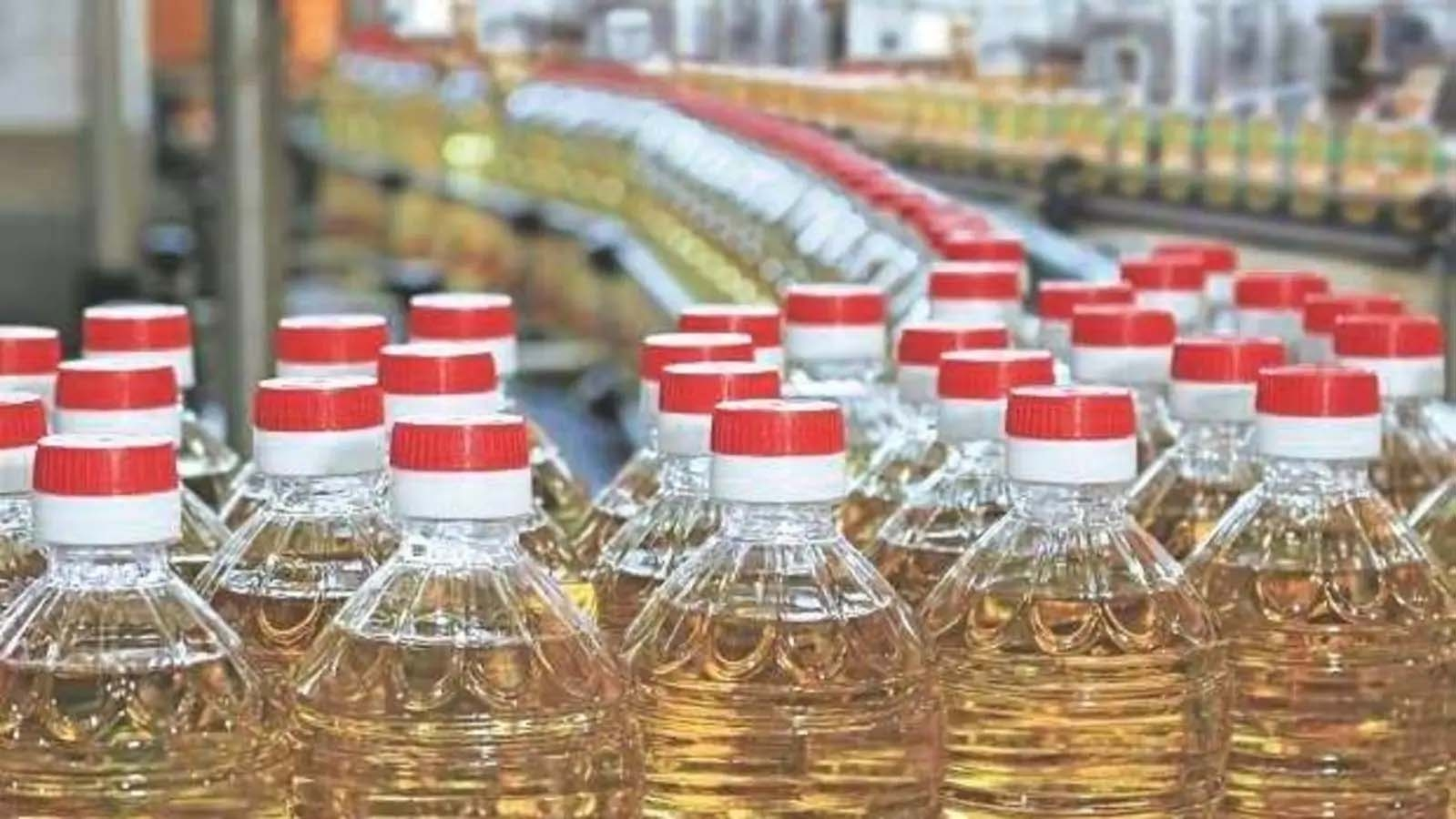 Edible oil to get costlier by Tk 7 per litre from Wednesday